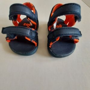 💰Toddler Zoo sandals size 1
